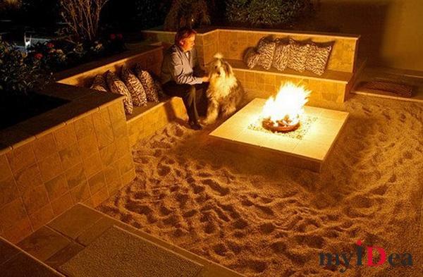"""Дом мечты: Тематический """"костер на пляже"""" прямо на заднем дворе"""