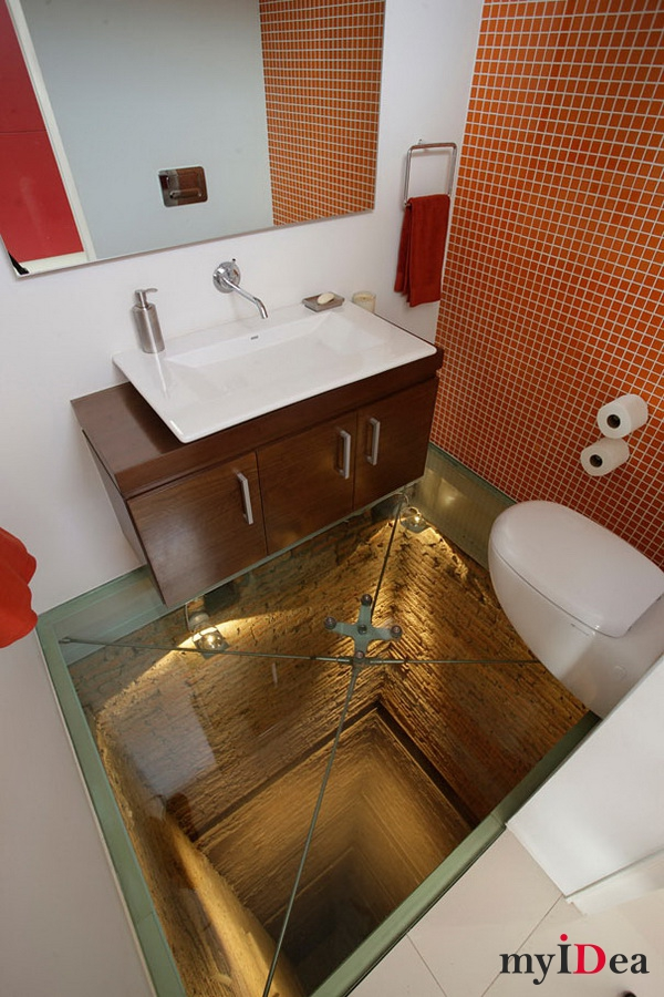 теклянный пол и открытая шахта под вашей ванной