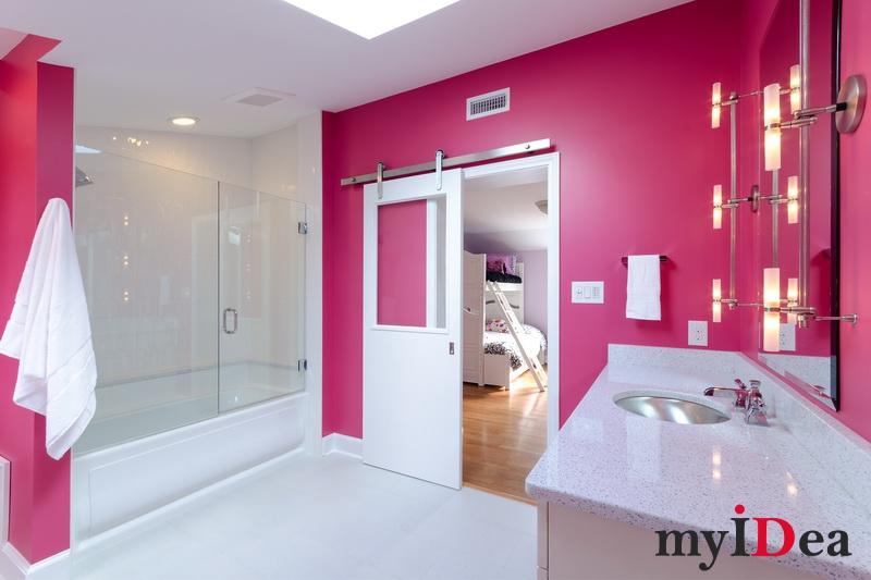 Дизайн розовых ванных комнат